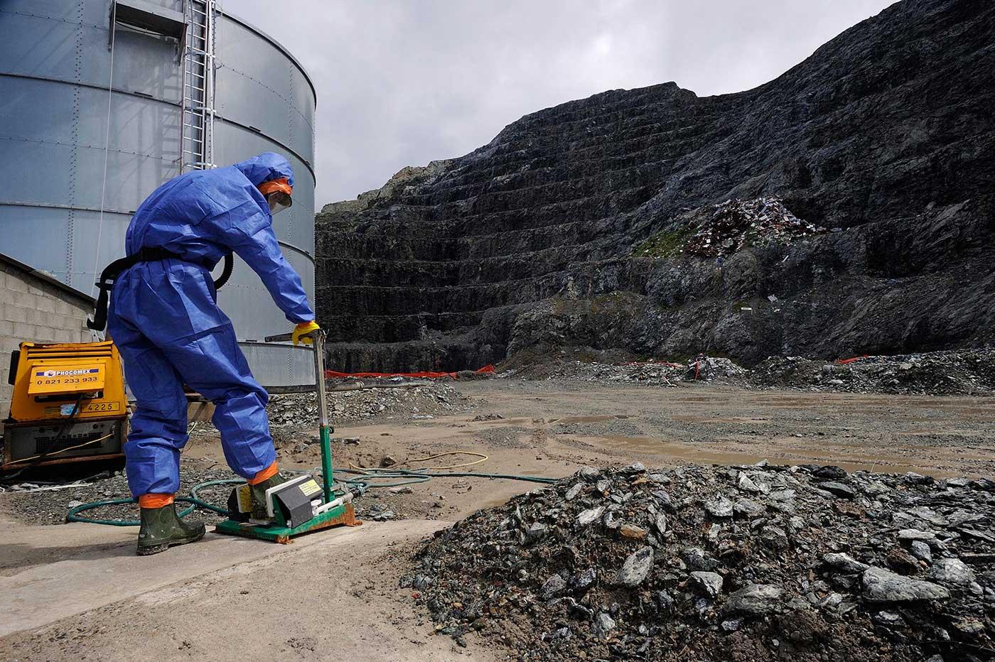 Quelques mesures de protection pour des travaux exposant à l amiante abcb8c6073b3