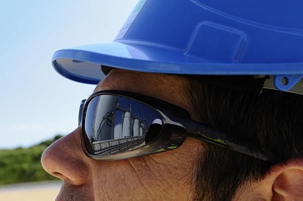 Le port de lunettes filtrantes permet de protéger les yeux des rayonnements  lumineux nocifs 4a2b0151cea7