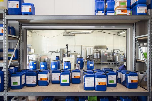 formateur en pr u00e9vention des risques chimiques - services aux entreprises